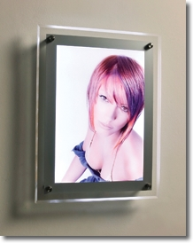 7acrywall_wall_mounted_illuminated_panel